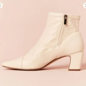 NWT Cute Ivory Faux Leather Ankle Boots, 7.5 & 9